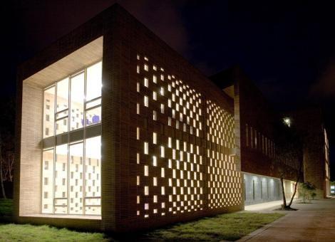 OMEGA BLOCK – ANGLO COLOMBIANO SCHOOL  (Bogota, Colombia)