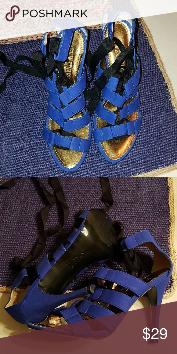 Colin Stuart Lace Up Heels Cobalt SZ 8 Gorgeous... Colin Stuart Lace Up heels... Cobalt Blue... Size 8... never worn.. only tried on.. these were a gift..perfect condition.. black ties... smoke and pet free home Colin Stuart Shoes Heels
