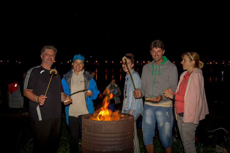 Moonlight kayaking la Batca Doamnei,Piatra Neamt Evceniment organizat de Maia Outdoor
