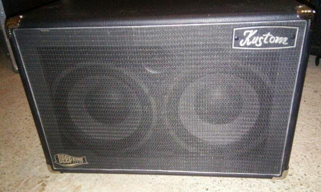 Pantalla para bajo Kustom Deep End 210H speaker