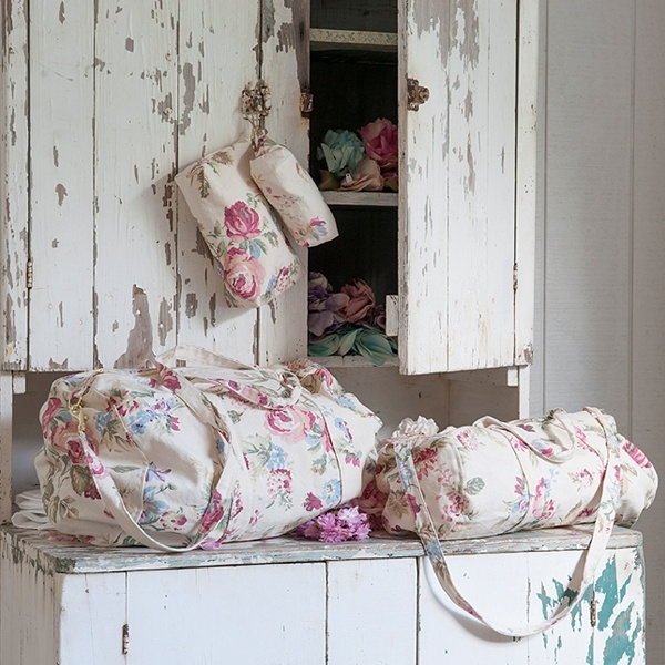 17 best images about has to be rachel ashwell on pinterest shabby chic decor tablecloths. Black Bedroom Furniture Sets. Home Design Ideas