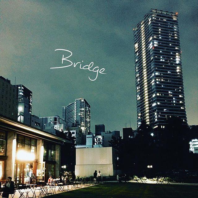 Instagram【bridge.works.japan.japanese】さんの写真をピンしています。 《🇯🇵Bridge phot #66 #夜景 #都会カフェ #モーニング #都会 #カフェ #東京ライフスタイル #雰囲気 #日本 #カクテル #ファッション #原宿 #酒 #シティー #外食 #スナップ #カメラ  #ストリート #芸術 #アート #ショップ #ショッピング #旅行 #旅 #写真 #カメラマン》