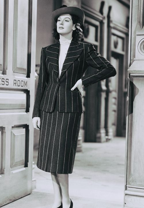 Rosalind Russell in a production still from His Girl Friday (Howard Hawks, 1940)  viadeforest