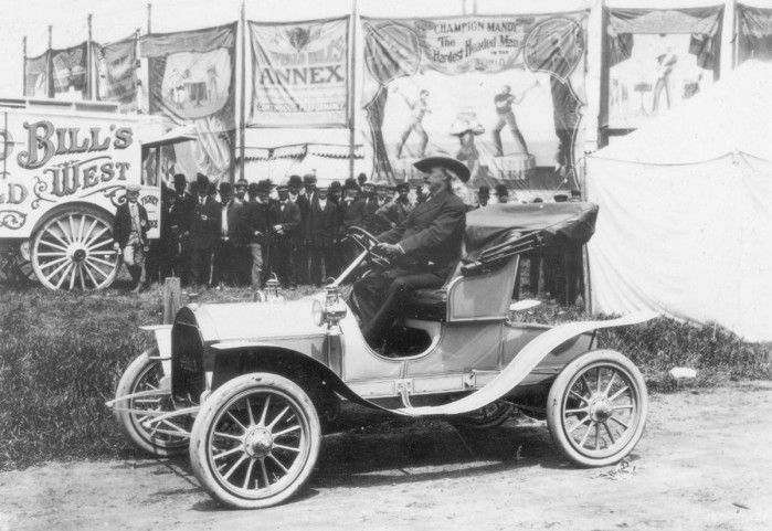 Buffalo Bill driving an Atlas automobile at his sideshow in 1905.