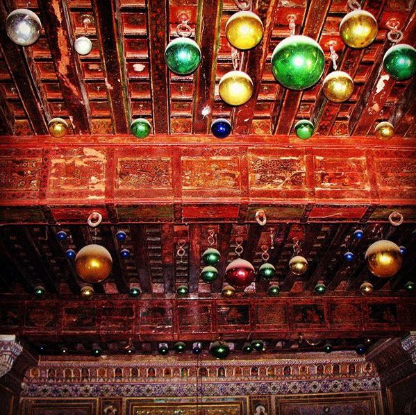 Mehrangarh Fort, Jodhpur, India.  Create your trip plan - www.TripJinnee.com #Mehrangarh #Fort #woodenwall #woodenroom #rajasthan #india #incredibleindia #travel #traveltoindia #trip #tripplan #jodhpur #rajasthantourism #glass #decoration #wall #beautiful #interior #Maharaja #museum #tripjinnee