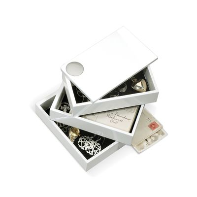 This clever storage box spins out to reveal multiple layers, available for storage. Ideal for use as a jewellery box or for any trinkets you have lying about.