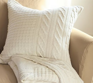 The 25+ best ideas about Sweater Pillow on Pinterest Throw pillow covers, Diy throw pillows ...