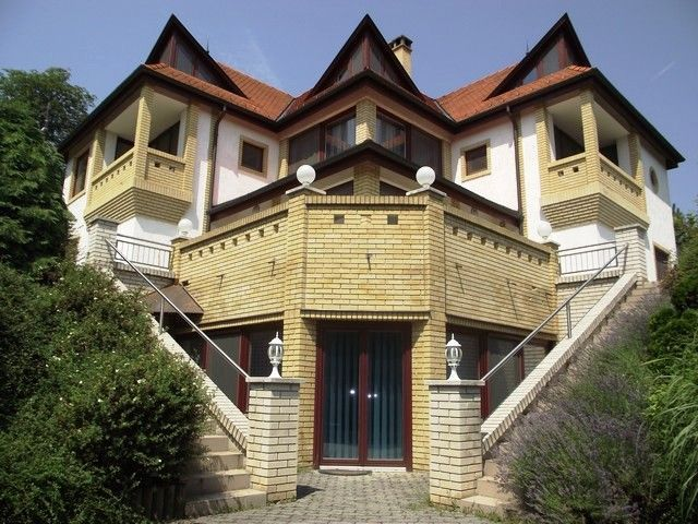 luxury exterior, house exterior, house design, corner house