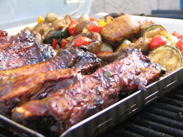 Grilované bravčové rebierka s BBQ omáčkou - obrázok 4