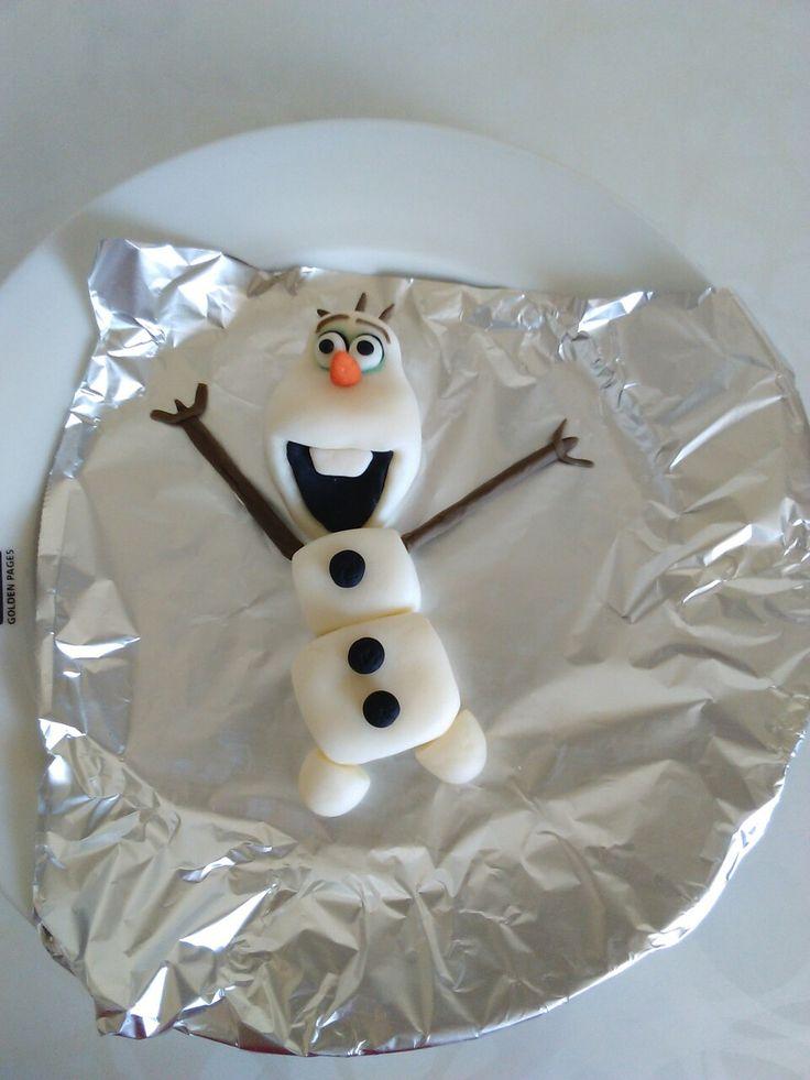 Sugar paste Olaf