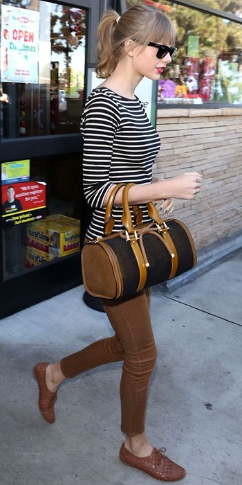 Look of the Day - December 20, 2012 - Taylor Swift from #InStyle