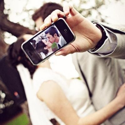 7 Good Reasons To Take Wedding Selfies