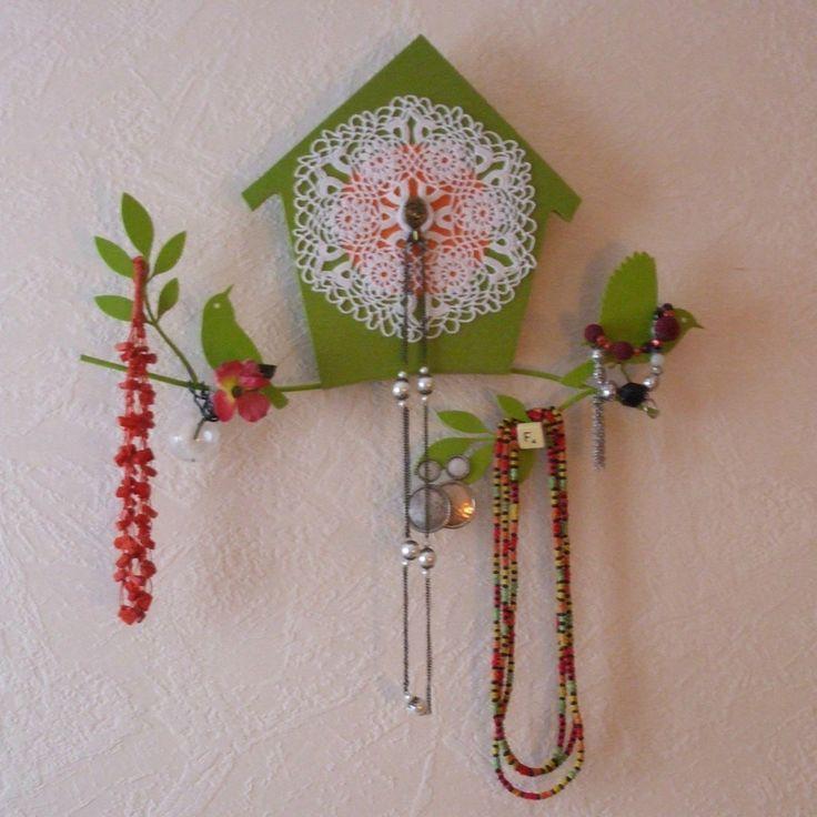 1000 id es propos de porte bijoux mural sur pinterest - Porte bijoux mural ikea ...