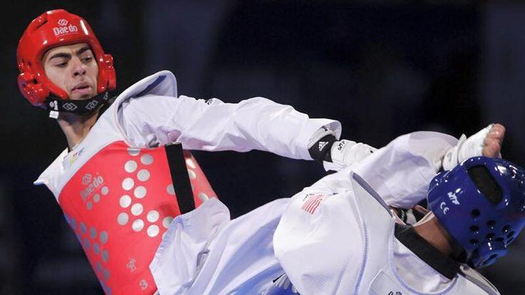 Olympics Rio 2016 | Team Belgium - Taekwondo - Jaouad Achab se qualifie également pour les quarts de Finale en moins de 68kg. Come on Jaouad !!! 🇧🇪