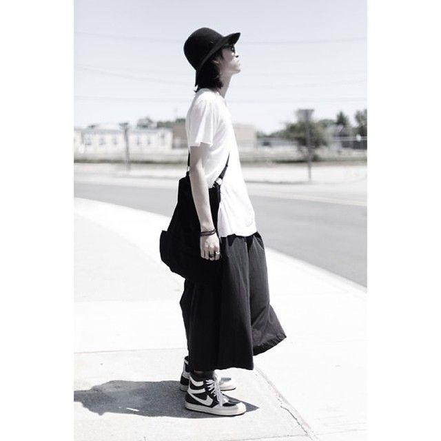 AMAZING OUTFIT  #DADA #fasion #fbloggers #fashionable #fashionkiller #style #liketit #luxury #lookbook #ootd #outfitoftheday #outfit #hypebeast #clothing #y3 #YOHJIYAMAMOTO #rickowens #SASSANA #MAISON #MARTIN #MARGIELA #DADApeople