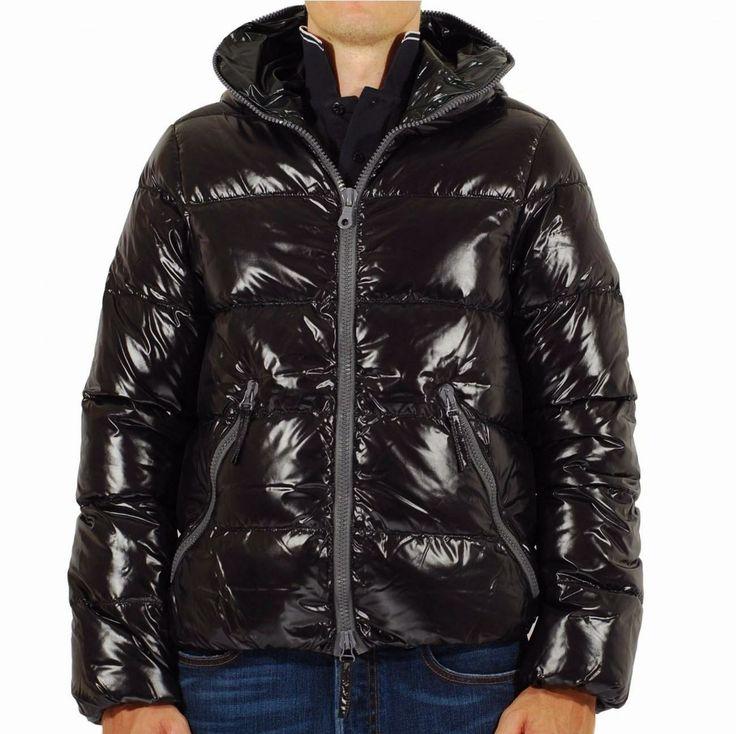 Duvetica Dionisio - shiny black down jacket.