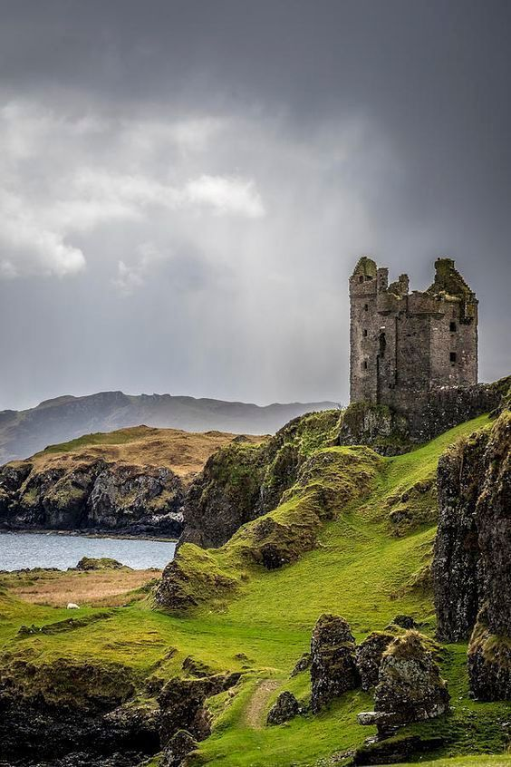 Gylen Castle on the island of Kerrera, Argyll and Bute, Scotland. | Built in 1582 CE,