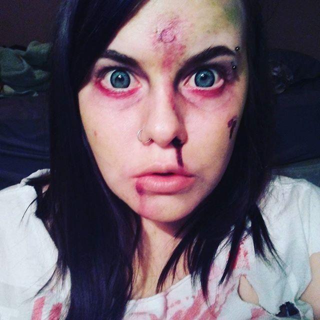 Zombie practice 💀 #zombie #zombiemakeup #Halloween #circlelenses #creepy #bloody