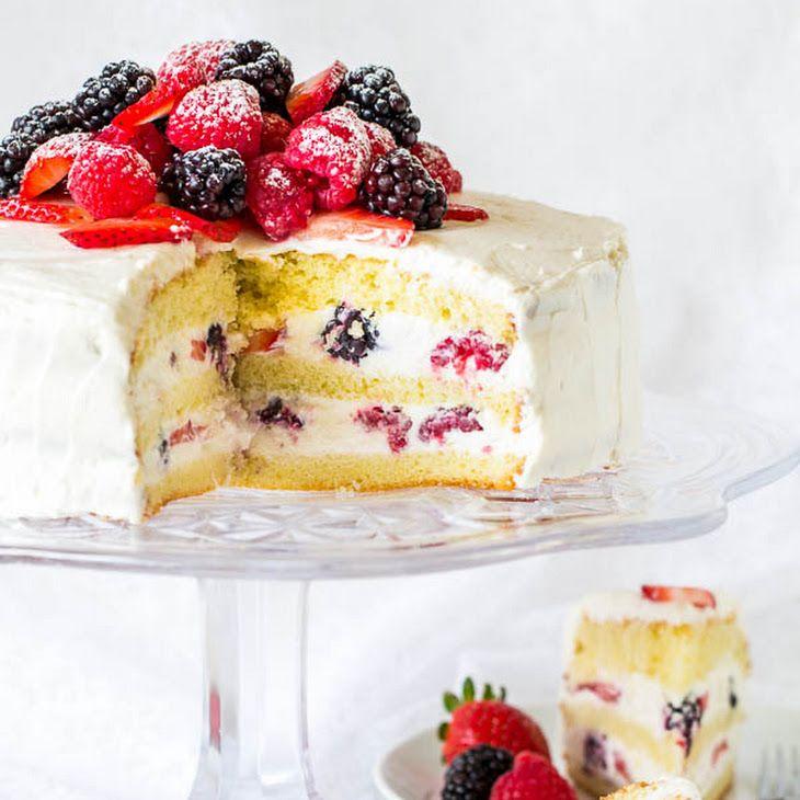 Berry Chantilly Cake Pastel envinado de frutos rojos