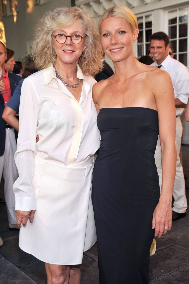 The 19 most stylish mother daughter duos: Gwyneth Paltrow and Blythe Danner