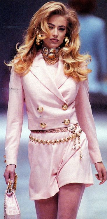 Elaine Irwin: Gianni Versace.. So lovely pink & gold! | <3js |