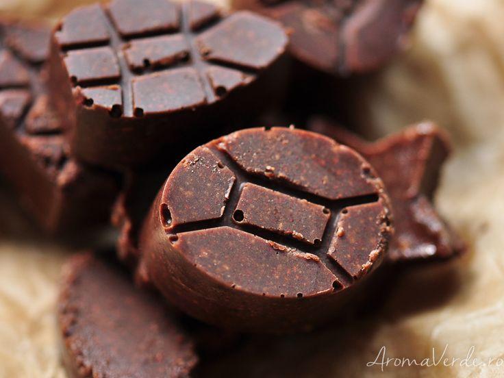 Ciocolată raw crocantă