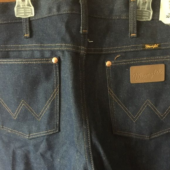 Mens Wranglers Jeans 32/38 Brand new men's Wrangler Jeans with tags 32/38 Wrangler Jeans Boot Cut