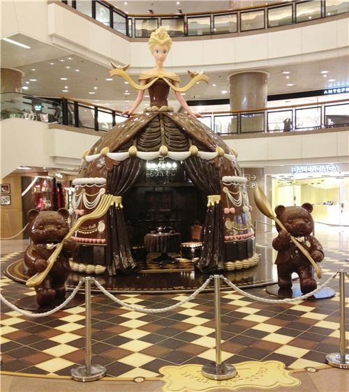 The Allee Willis Museum of Kitsch » Chocolate Trail 2013 in Hong Kong