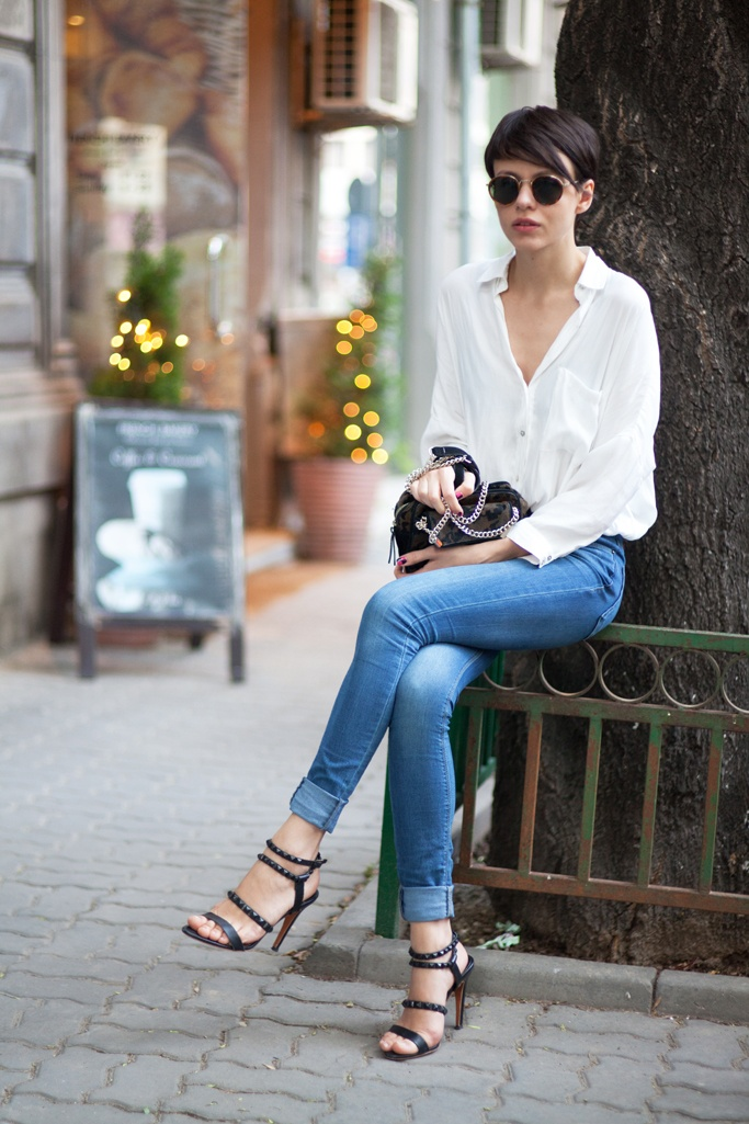 The Stunning Look white silk shirt, effortless style