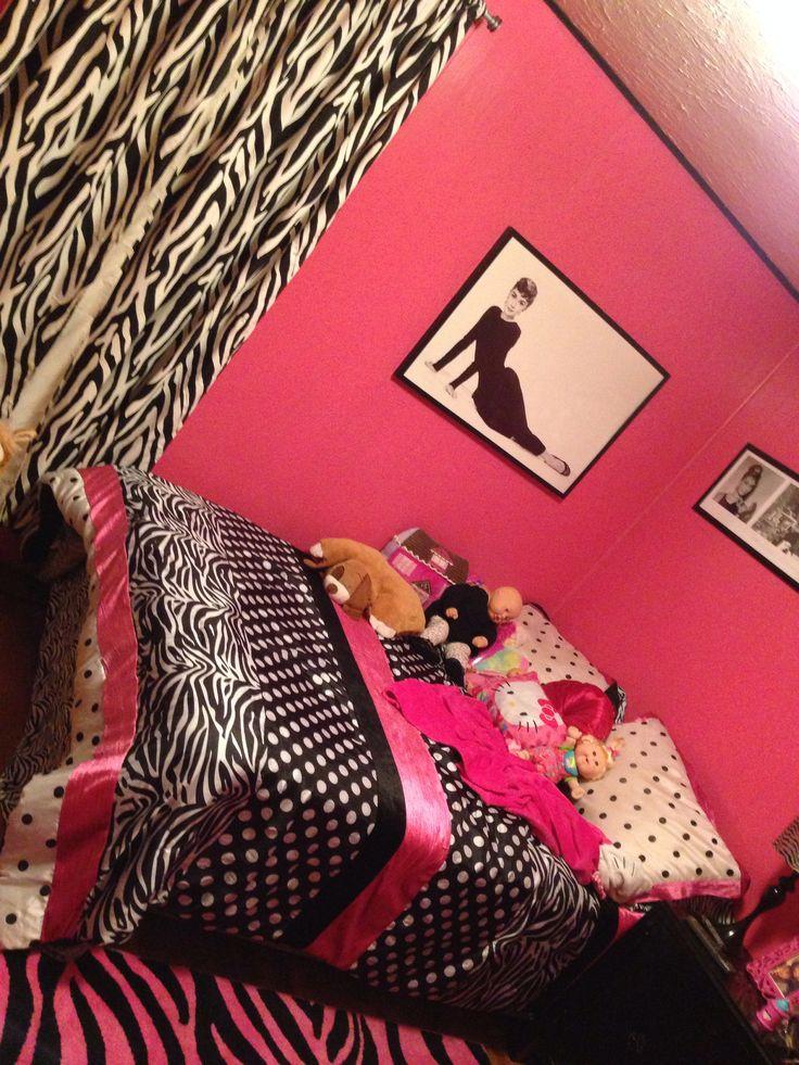 17 best ideas about zebra girls rooms on pinterest zebra for Pink zebra bedroom ideas