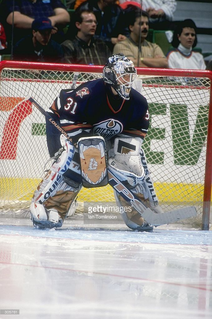 apr-1998-goaltender-bob-essensa-of-the-edmonton-oilers-in-action-a-picture-id305761 (680×1024)