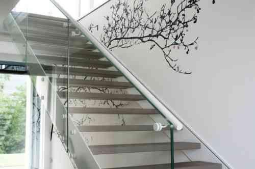 déco d'escalier contemporain en métal