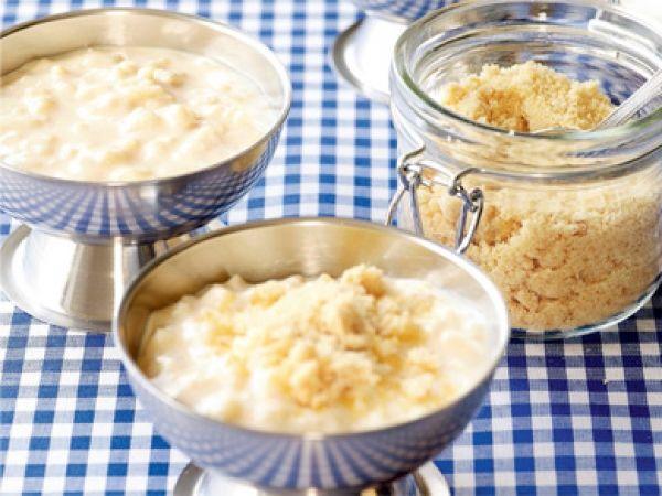 Zoals oma het maakt - Libelle Lekker! Rijstpap met kindersuiker http://www.libelle-lekker.be/recepten/eten/6943/rijstpap-met-kindjessuiker