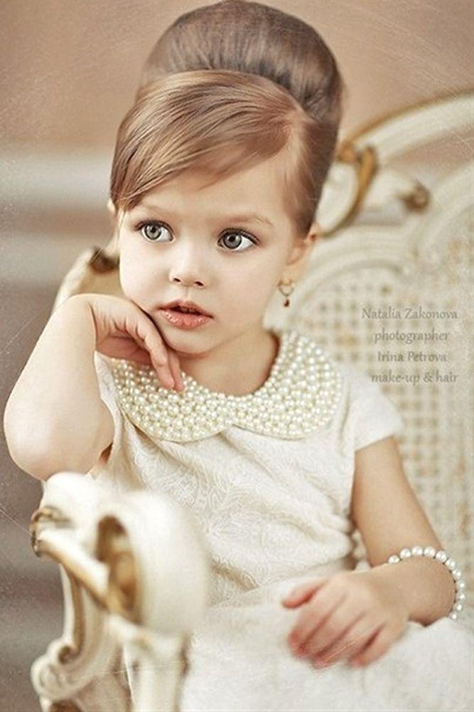 18 Cute Flower Girl Hairstyles ❤ See more: http://www.weddingforward.com/flower-girl-hairstyles/ #wedding #hairstyles #flowergirl