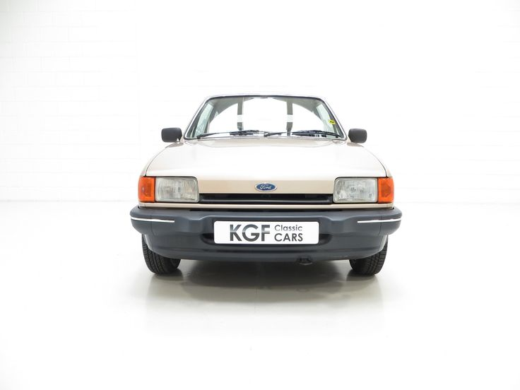 https://flic.kr/s/aHsknTM8K4 | 1984 Ford Fiesta Mk2 1.1 Ghia | A luxury Ford Fiesta Mk2 1.1 Ghia with full history and one owner from new