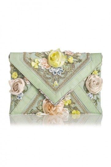 #Clutch a busta con applicazioni floreali della collezione primavera/estate 2014 di #Marchesa. #bag #bags