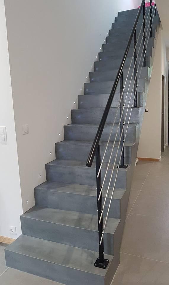 Renovation D Un Escalier Avec Beton Mineral Coloris Gris
