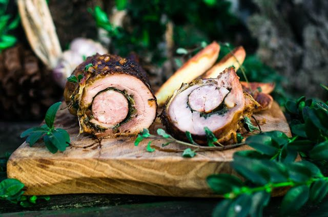Kulinarne  pyszności  Molki: Domowa kiełbasa biała surowa podana na dwa sposoby...
