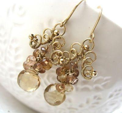 Idéia fofa de brincos de arame dourado no estilo vintage: Se você ama o estilo vintage como eu, e também é apaixonada pelas bijuterias de arames...