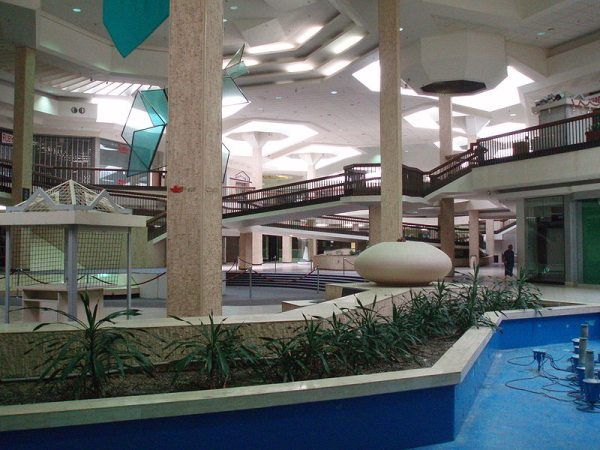 Despite the ongoing economic troubles plaguing America and other countries, dead malls are not necessarily the result of recession, and can come about for various reasons. Randall Park Mall - Ohio