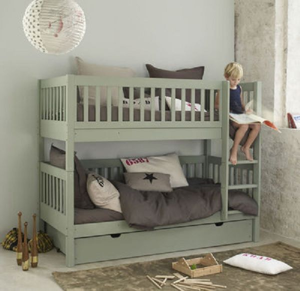 Camaïeu kaki / taupe pour chambre garçons | kidsroom bedroom with bunkbed
