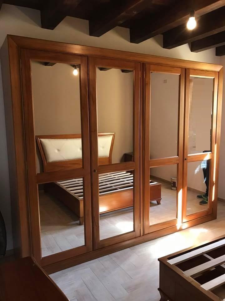 Armadio moderno con specchi, in legno massello