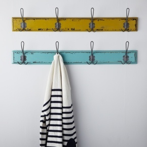 Very cute vintage coat hooks - love the colors.