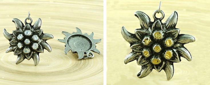 ✔ What's Hot Today: 1pc Large Flower Czech Findings Matte Aged Antique Silver Bohemian Pendant Focal Rustic Handmade 38mm https://czechbeadsexclusive.com/product/1pc-large-flower-czech-findings-matte-aged-antique-silver-bohemian-pendant-focal-rustic-handmade-38mm/?utm_source=PN&utm_medium=czechbeads&utm_campaign=SNAP #CzechBeadsExclusive #czechbeads #glassbeads #bead #beaded #beading #beadedjewelry #handmade