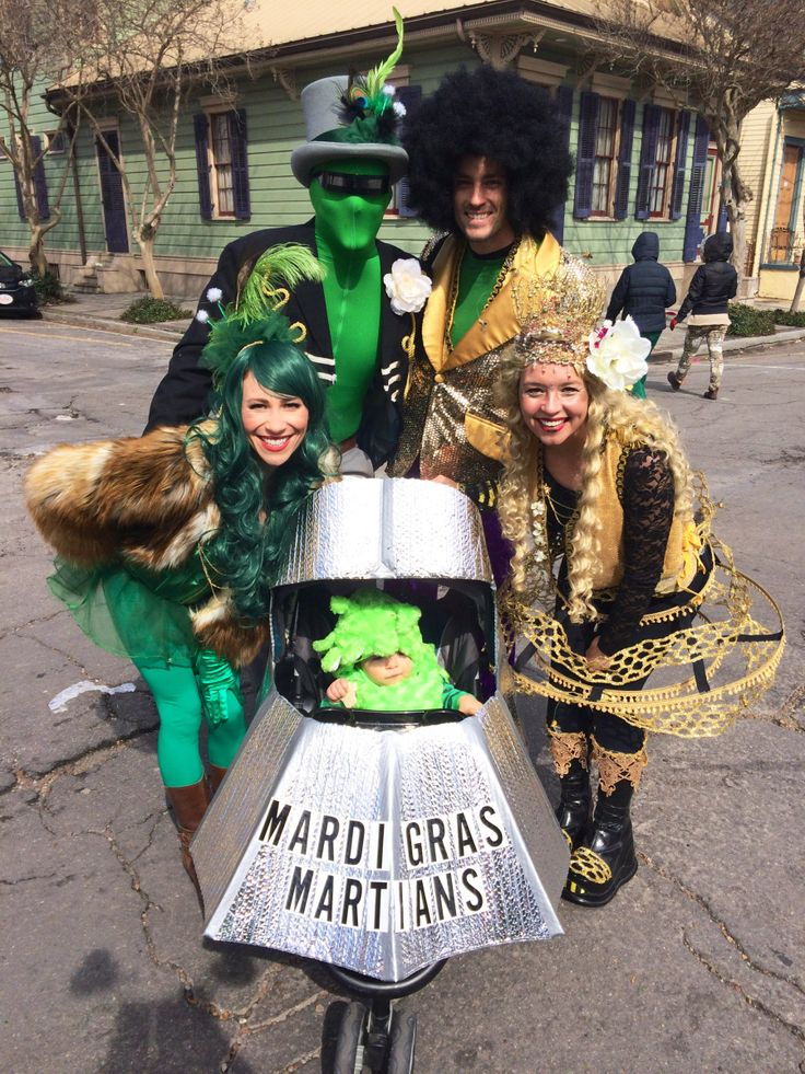 diy family costume idea with mom dad and baby stylish aliens in blazer top hat fur coat green wig and feather headband - Aliens Halloween Costume Baby