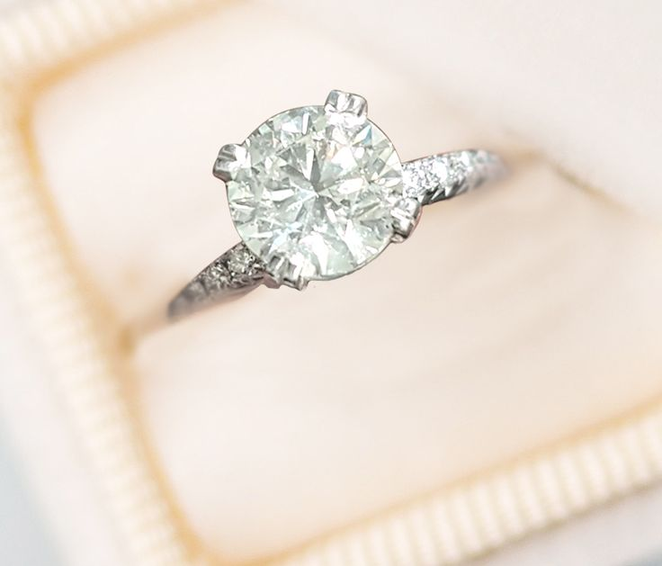 Linara Classic Round Brilliant Cut Diamond Micropavé Engagement Ring in 18k White Gold