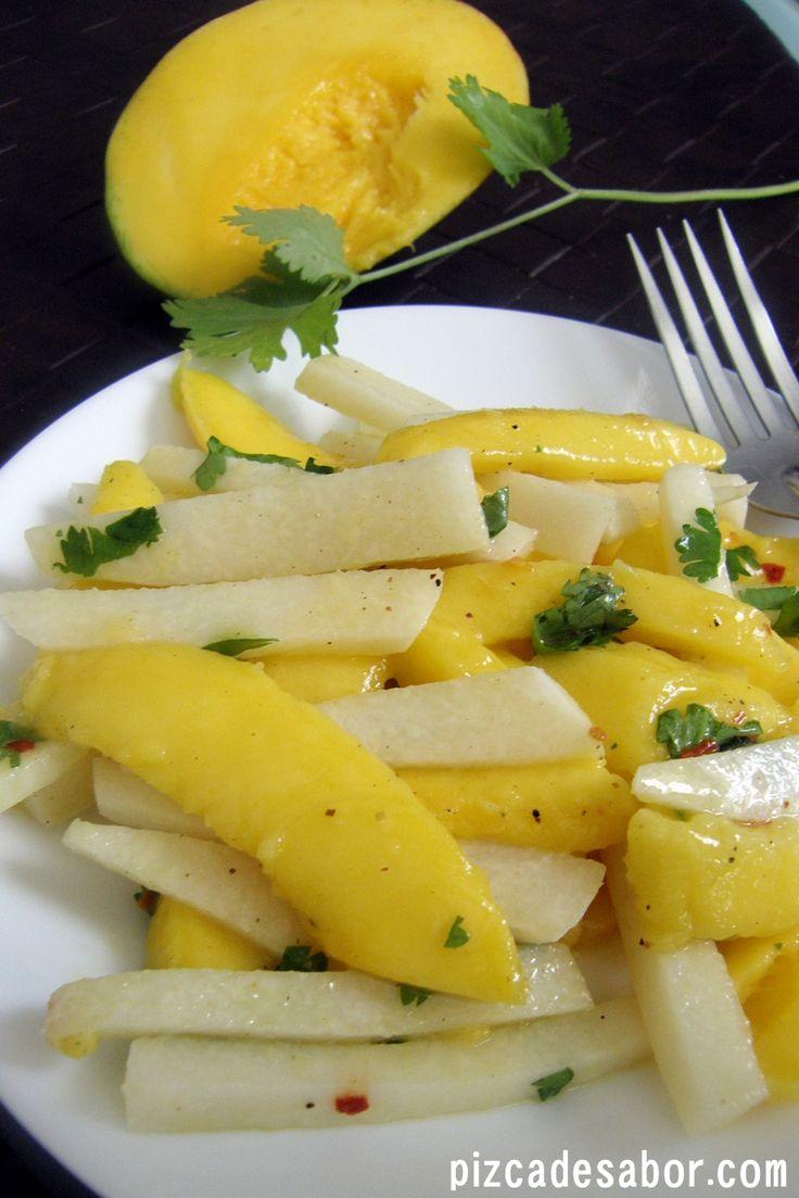 Ensalada de jícama & mango - Pizca de Sabor