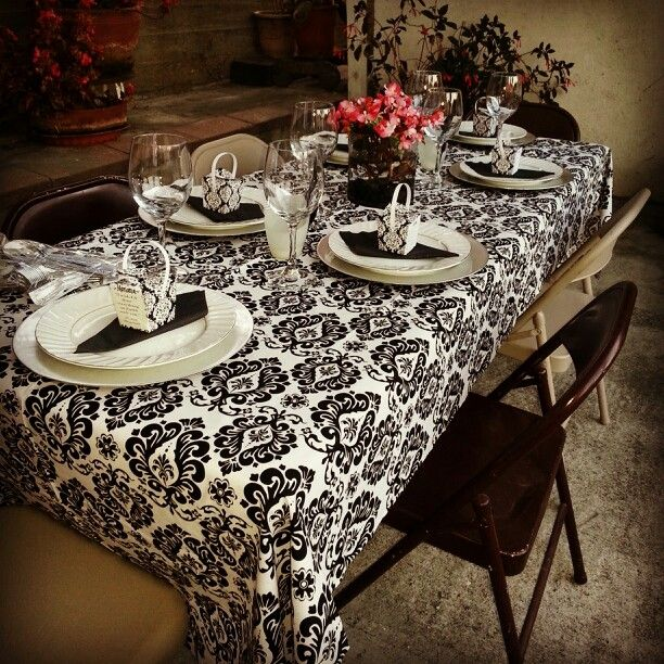 Themed Dinner Party Table Setting #bookclub #gatsby #1920s ...