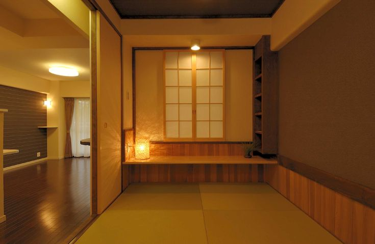 大きすぎない3畳の和室は、お酒を片手に夜の語らいにもってこいです。