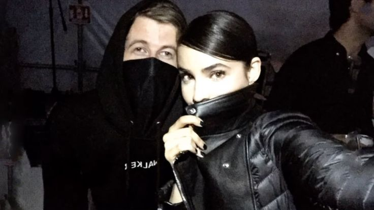 Sofia Carson Backstage With Her Boyfriend | FULL VIDEO - YouTube